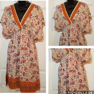 Magazine Tunic Top Dress Colorful Floral Vneck